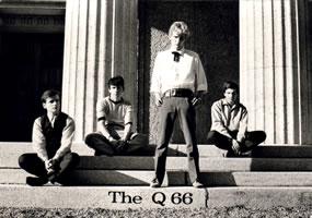 Die Gruppe Q66 brauchte dringend einen Bassisten.